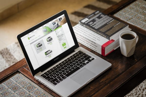 Eenvoudig online reserveren via Click & Drive